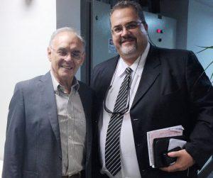Secretários Arolde de Oliveira e Marcus Vinícius (Marcão): convênio une Estado e Município pelo melhor atendimento à população